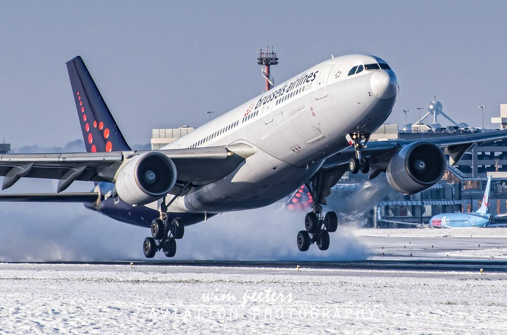 Brussels Airlines Airbus A330 - copyright Wim Peeters