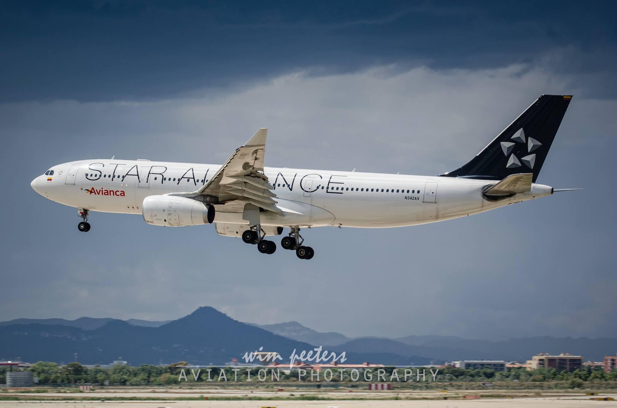Avianca Airbus A330 - Star Alliance - copyright Wim Peeters