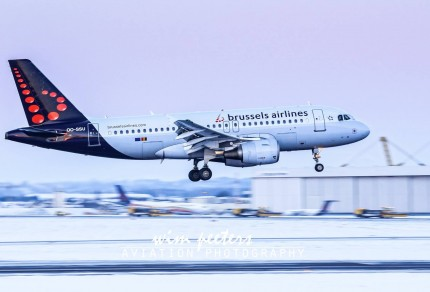 Brussels Airlines Airbus 319 - OO-SSU landing at Brussels AIrport runway 01 copyright Wim Peeters