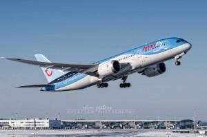 Jetairfly Boeing 787 Dreamliner - OO-JDL - copyright Wim Peeters