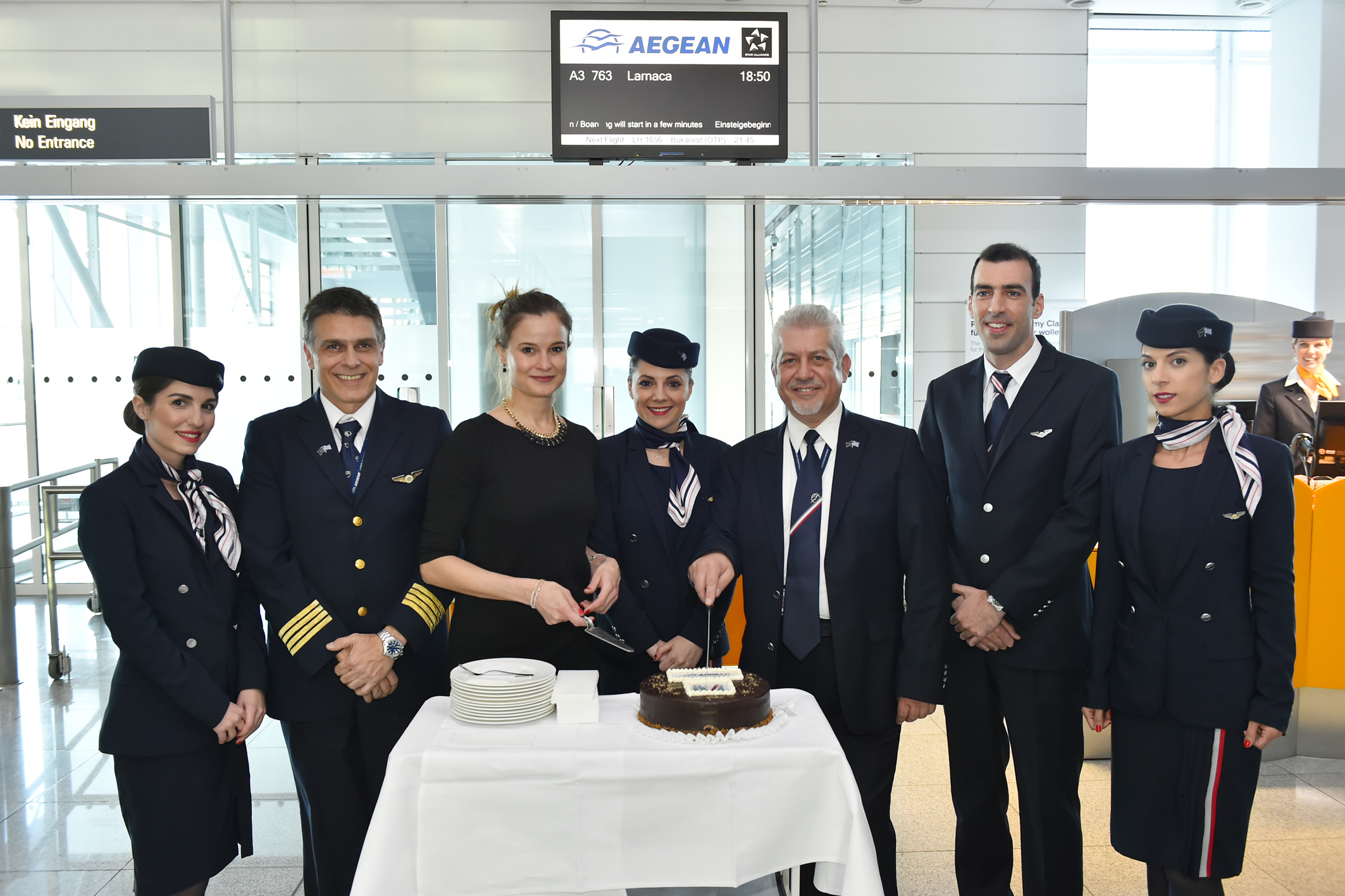 Erstflug Aegean Airlines nach Larnaca