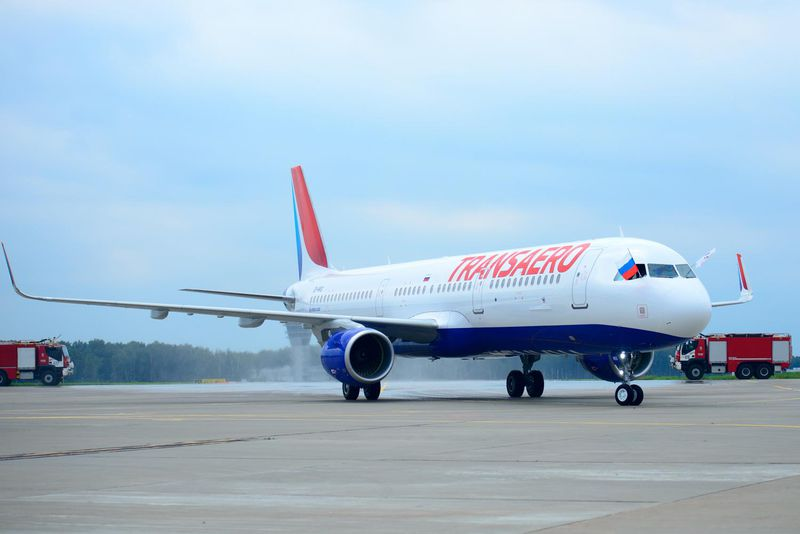 800x600_1438596204_A321_Transaero_Airlines