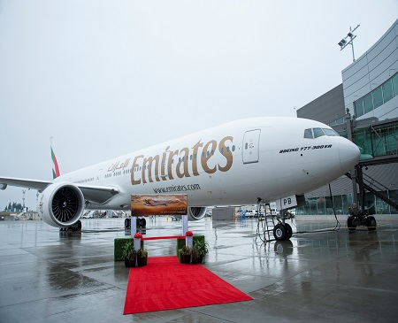 777-300ER; Emirates; Emirates triple delivery events 2015-08-31; Everett Delivery Center; Ribbon Cutting; K66440-01