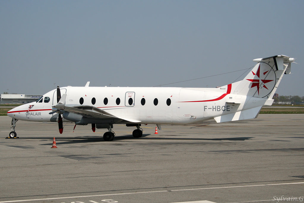 chalair-aviation_beechcraft_1900D