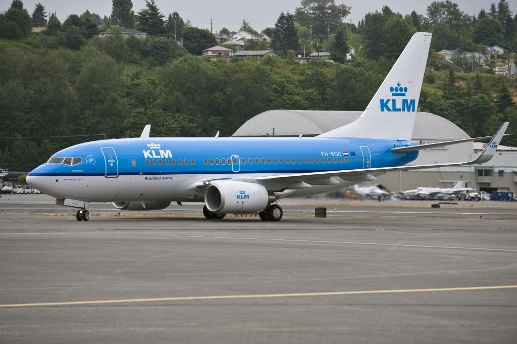 KLM_B737-700