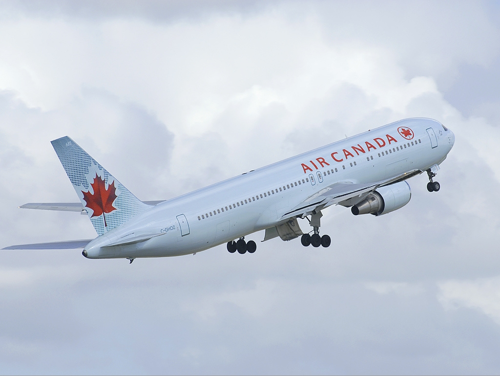 Images of air canada flight direct to europe from montreal bucharest