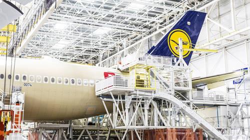 Lufthansa_A350_Toulouse