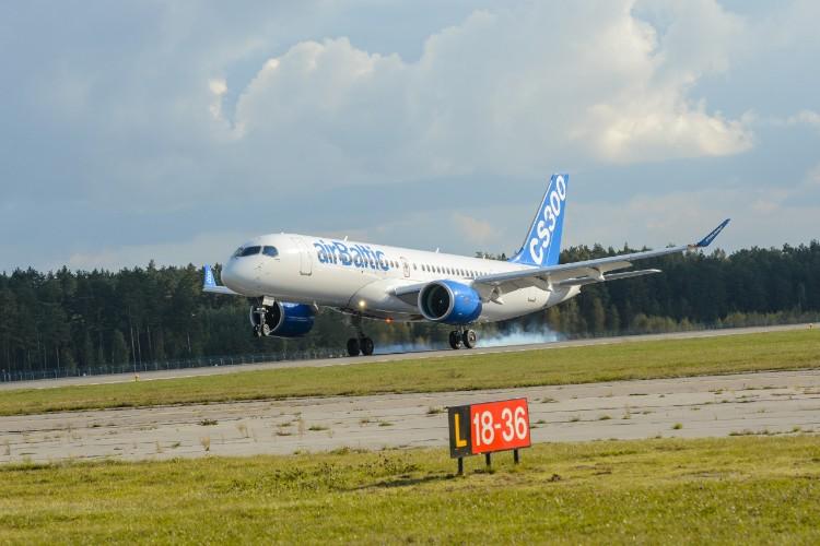 airbaltic_cs300_china