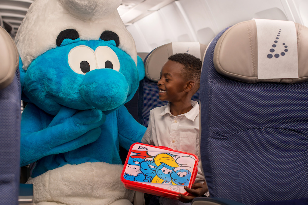 brussels_airlines-smurfs1