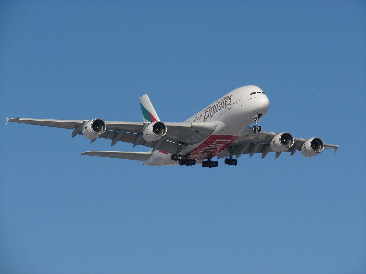Emirates Introduces Laptop And Tablet Handling Service For