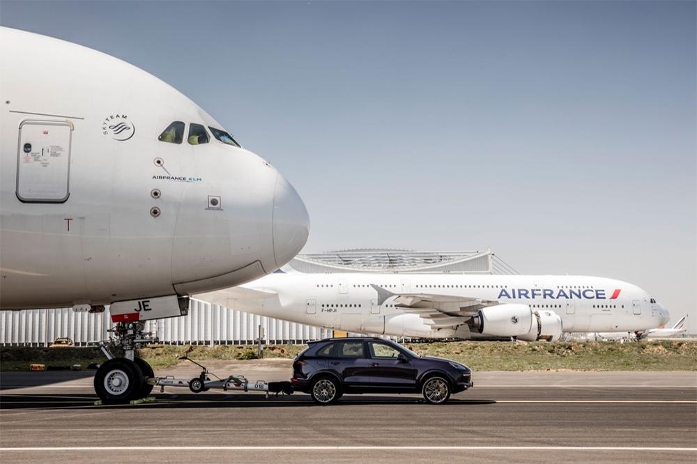 Porsche Cayenne vs Airbus A380