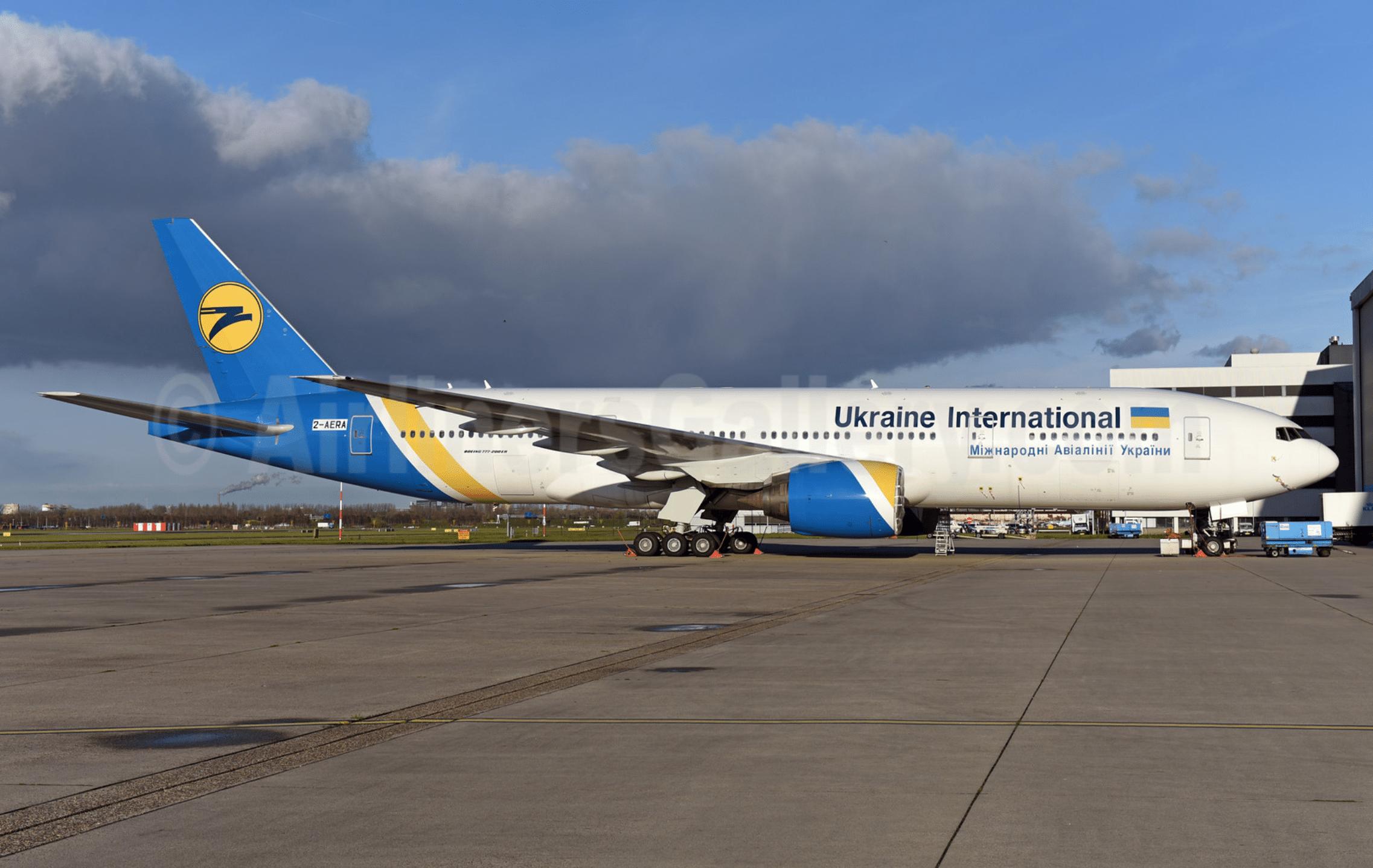 Ukraine international airlines celebrates its 25th anniversary ukraine international airlines boeing 777 28e er 2 aera ur goa msn 28681 ams ton jochems publicscrutiny Gallery