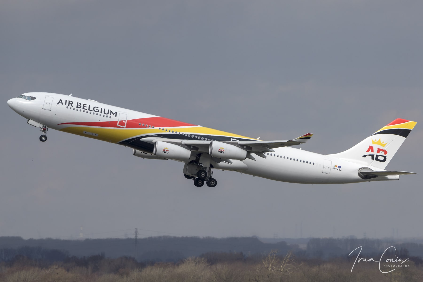 on friday air belgium will transfer one of its airbus a340 aircraft to brussels south charleroi. Black Bedroom Furniture Sets. Home Design Ideas