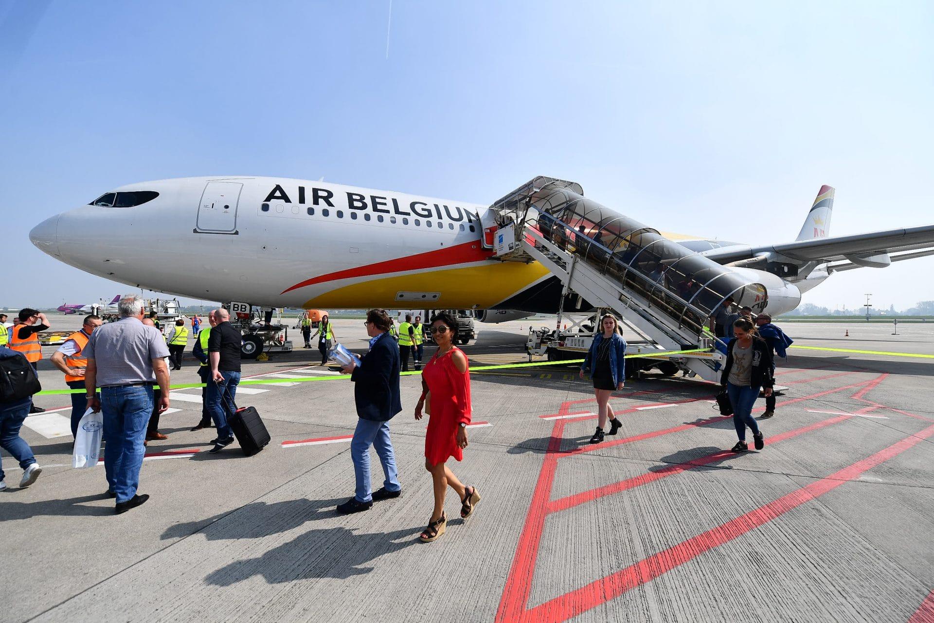 Aeroporto Guangzhou Arrive : Air belgium celebrates inaugural flight from brussels south