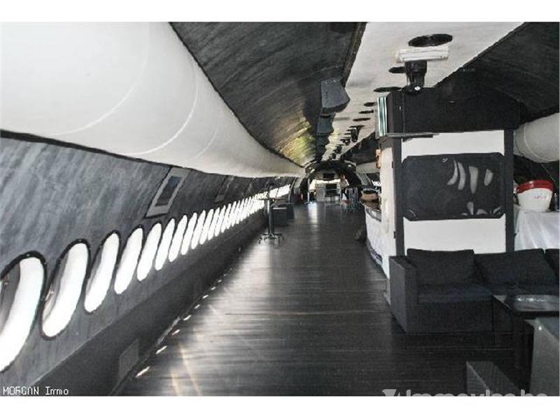Striking a bargain ? An Airbus A310, located on a terrain near Gilly