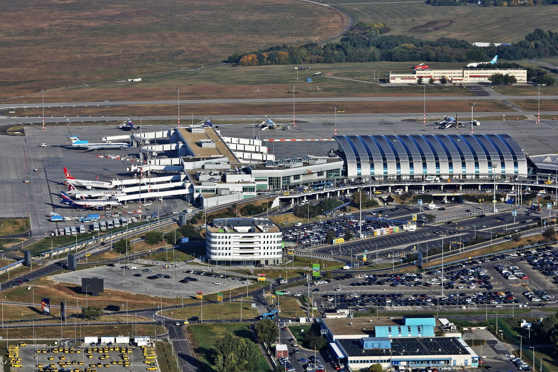 Budapest Airport's network boosts with Wizz Air ...