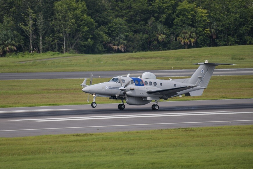 U.S. Customs and Border Protection expands fleet with two more Special  Mission Beechcraft King Air 350CER - Aviation24.be